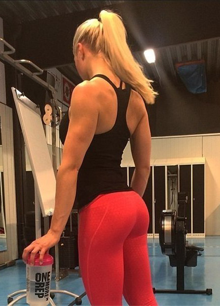 anonymous-fit-girl-in-red-yoga-pants
